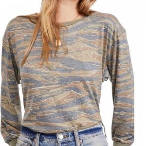 Free People print long sleeve tee NWT